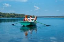 2 - Стеклопластиковая Лодка Голавль
