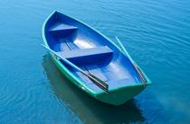 4 - Стеклопластиковая лодка Дельфин