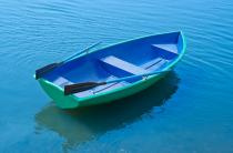 5 - Стеклопластиковая лодка Дельфин