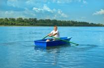 3 - Стеклопластиковая лодка Малютка