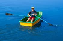 5 - Стеклопластиковая лодка Малютка