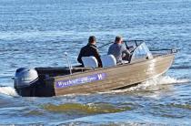 18 - Wyatboat-490 Pro