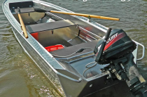 4 - Wyatboat 390 У