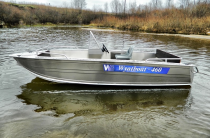 12 - Wyatboat-460 C