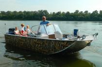 6 - Wyatboat-660