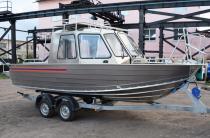 5 - Wyatboat-660 Cabin