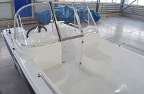 9 - Wyatboat-430DCM