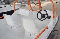 12 - Wyatboat-430DC