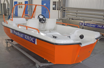 8 - Wyatboat-430DC