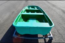13 - Стеклопластиковая лодка Старт (тримаран)