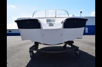 11 - Wyatboat-430 DC (тримаран)