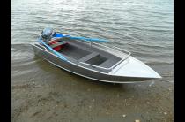 2 - Wyatboat-390 M